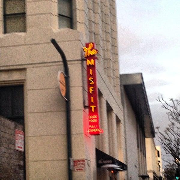 3/4/2013에 John C.님이 The Misfit Restaurant + Bar에서 찍은 사진