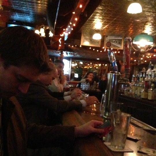Foto diambil di Pippin's Tavern oleh JL J. pada 10/24/2012