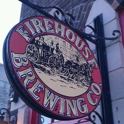รูปภาพถ่ายที่ Firehouse Brewing Company โดย Ted D. เมื่อ 9/20/2012