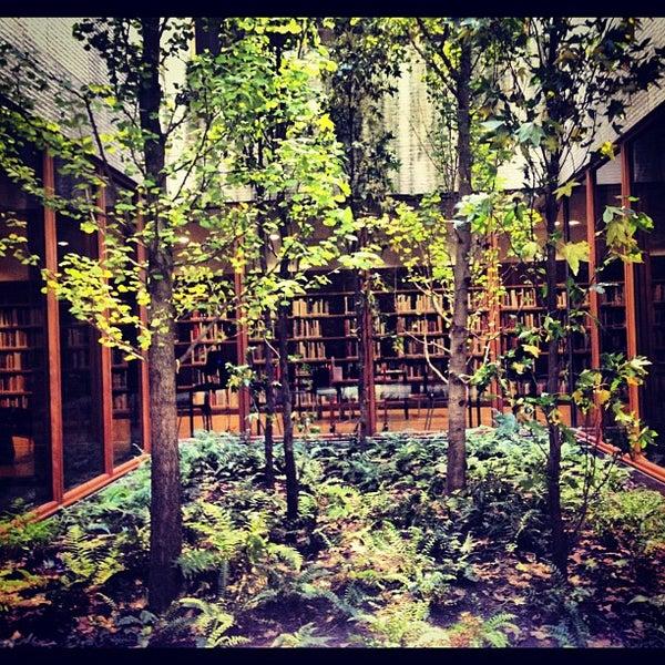 รูปภาพถ่ายที่ The Barnes Foundation โดย Jia-Jia เมื่อ 11/18/2012