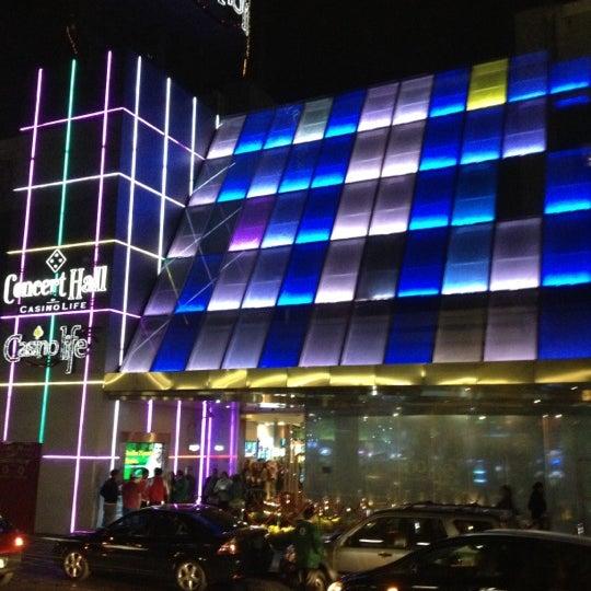 Das Foto wurde bei Casino Life von Daniela S. am 11/25/2012 aufgenommen