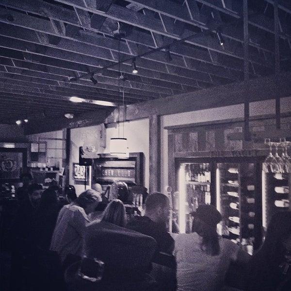 Foto tirada no(a) The Cellar por Mark G. em 3/18/2013