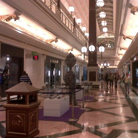 Foto tomada en Centro Comercial Gran Vía 2 por Mario Soyasuco G. el 10/18/2012