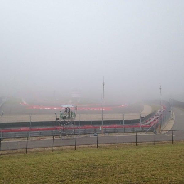11/15/2013 tarihinde Roberto S.ziyaretçi tarafından Circuit of The Americas'de çekilen fotoğraf