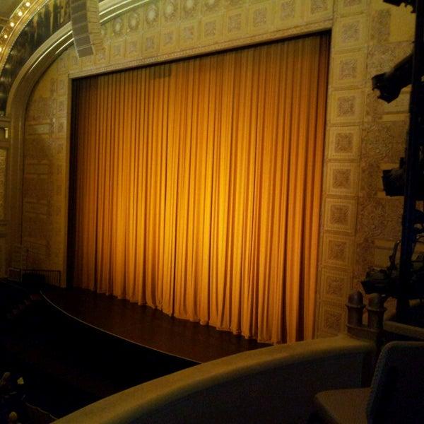 3/14/2013 tarihinde Brandon W.ziyaretçi tarafından Auditorium Theatre'de çekilen fotoğraf