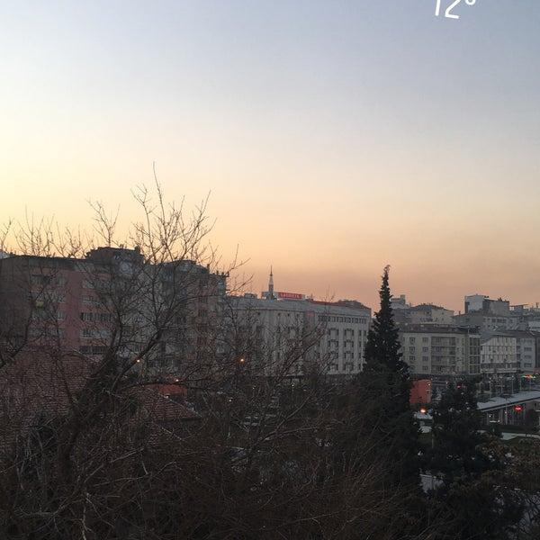 Foto diambil di Çimenoğlu Otel oleh Kadir T. pada 1/31/2018