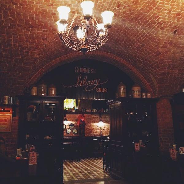 Foto tomada en Tap&Barrel Pub por Dmitry K. el 1/6/2015