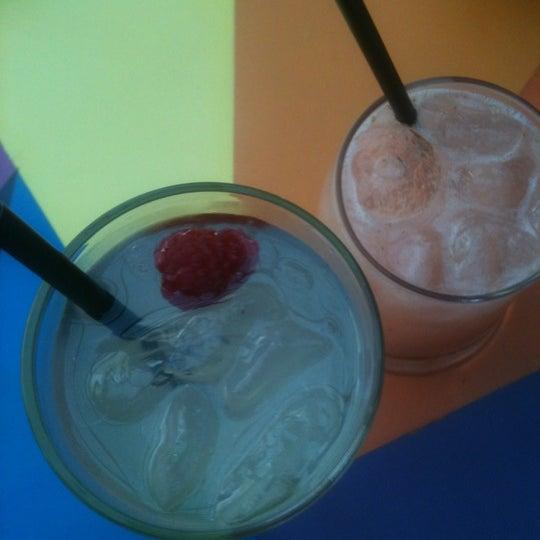 Foto diambil di Absolut Inn oleh camila m. pada 10/27/2012