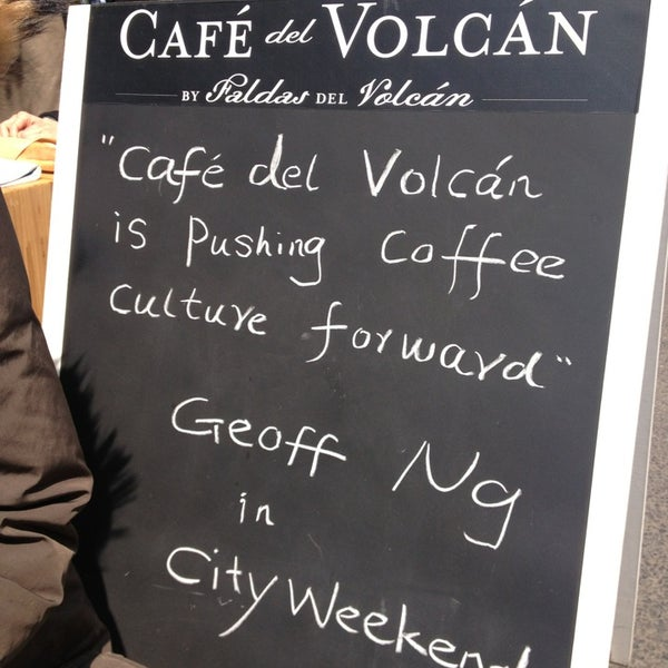 Снимок сделан в Café del Volcán пользователем Liz G. 4/2/2013