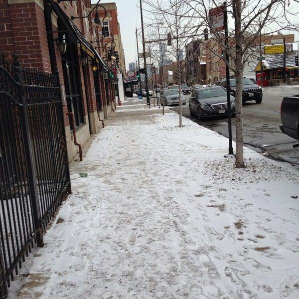 Foto tomada en Green Grocer Chicago por Purple P. el 12/31/2013
