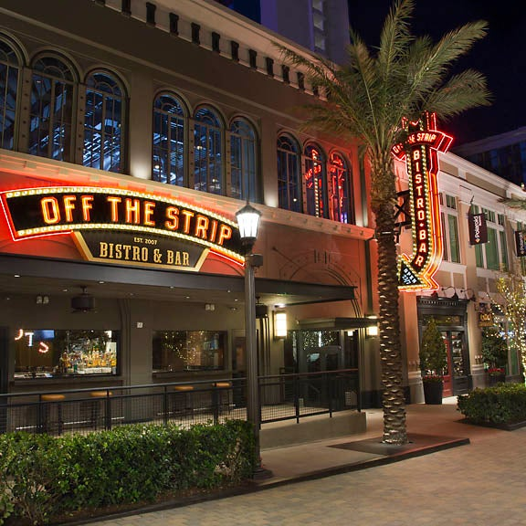 2/5/2015にOff The Strip at The LINQがOff The Strip at The LINQで撮った写真