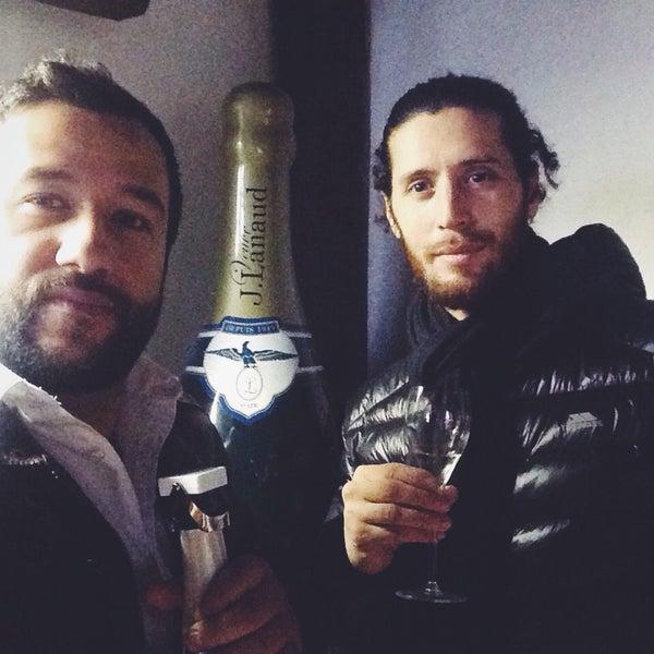 Foto scattata a Champagne Veuve J. Lanaud da Huan C. il 2/14/2015
