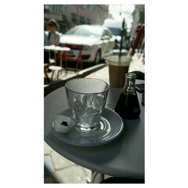 Foto tirada no(a) Deal Coffee Ekspress por Tugba A. em 3/9/2016