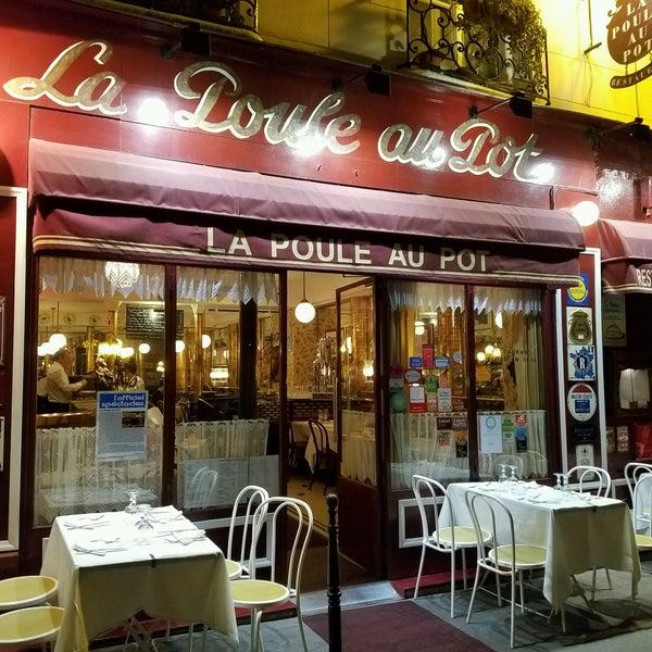 Снимок сделан в La Poule Au Pot пользователем Bach M. 9/20/2016