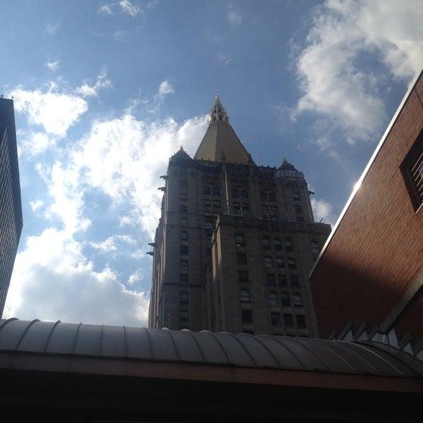 Foto scattata a Hotel Giraffe da Ben C. il 6/27/2014