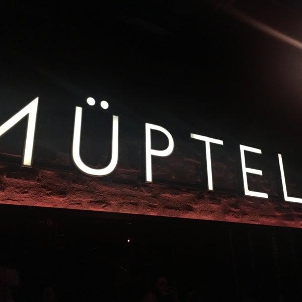รูปภาพถ่ายที่ Pera Müptela โดย Özlem Yücel เมื่อ 11/10/2018