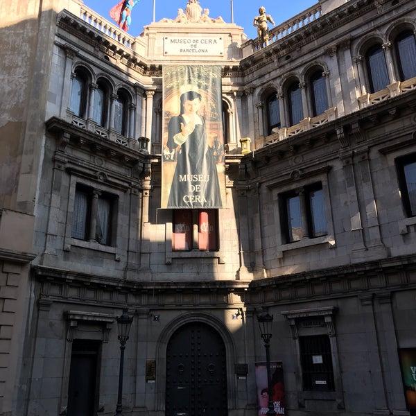 Foto diambil di Museu de Cera de Barcelona oleh Carolina R. pada 1/21/2019