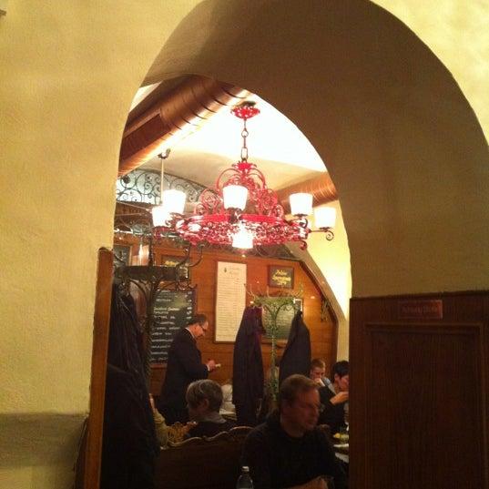 10/24/2012 tarihinde Kevin E.ziyaretçi tarafından Figlmüller'de çekilen fotoğraf