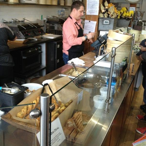 Das Foto wurde bei Beecher's Handmade Cheese von Sean S. am 5/15/2013 aufgenommen