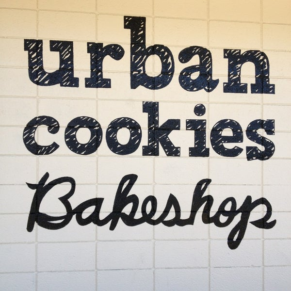 Photo prise au Urban Cookies Bakeshop par Caleb B. le2/18/2013