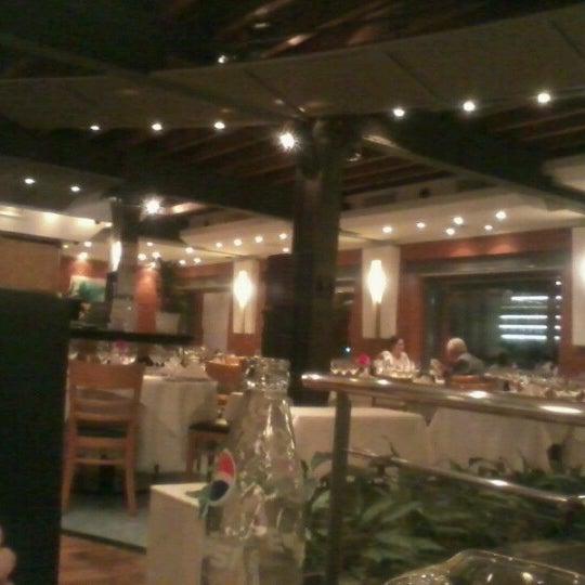 Foto tomada en Puerto Cristal por R. el 10/15/2012