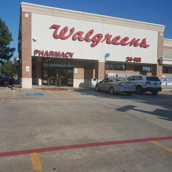 Walgreens 2050 Long Prairie Rd