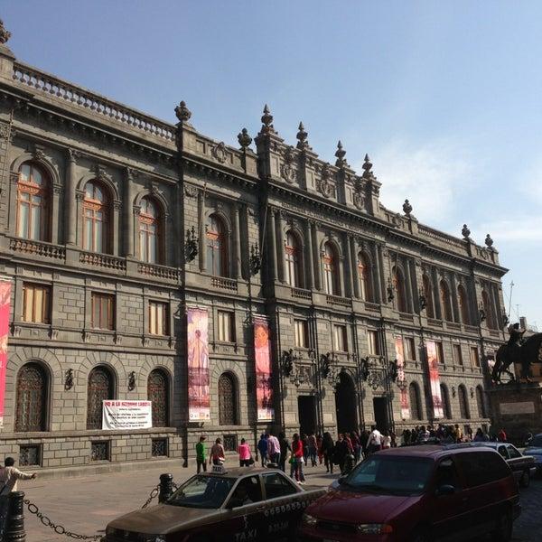 1/19/2013 tarihinde Carlos O.ziyaretçi tarafından Museo Nacional de Arte (MUNAL)'de çekilen fotoğraf