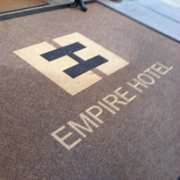 12/30/2012에 Jessica w/ E.님이 The Empire Hotel에서 찍은 사진