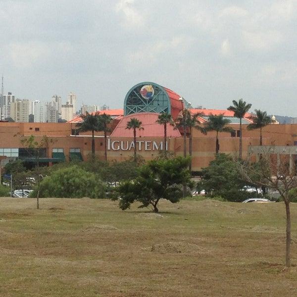 รูปภาพถ่ายที่ Shopping Iguatemi โดย Denis I. เมื่อ 12/22/2012