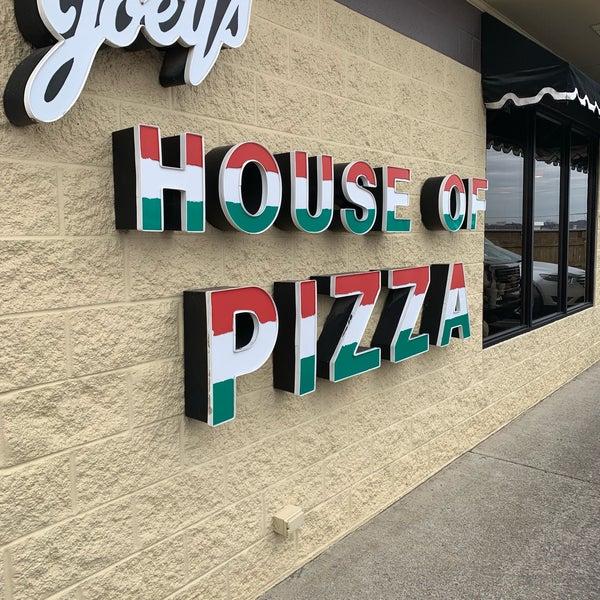3/7/2019에 Miguel O.님이 Joey's House of Pizza에서 찍은 사진