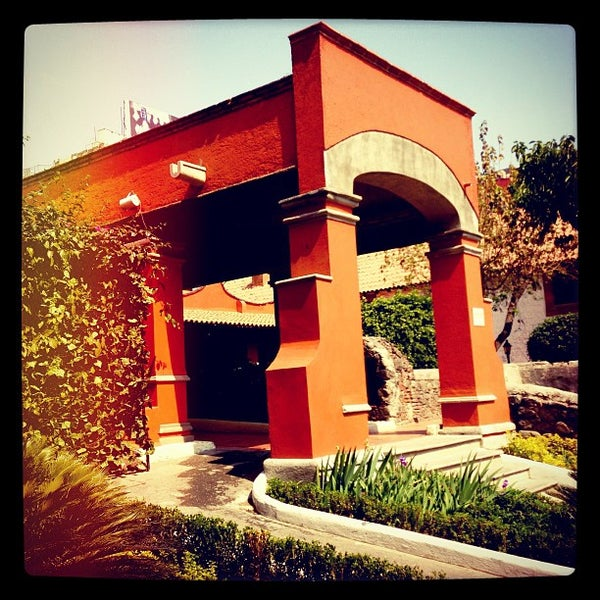 2/9/2013 tarihinde Jorge Alberto T.ziyaretçi tarafından Hacienda de Los Morales'de çekilen fotoğraf