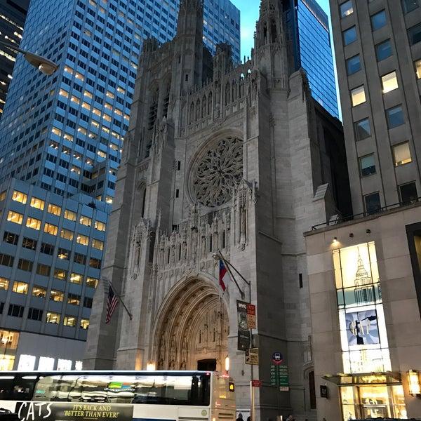 Foto diambil di Fifth Avenue Presbyterian Church oleh Taras A. pada 3/6/2017