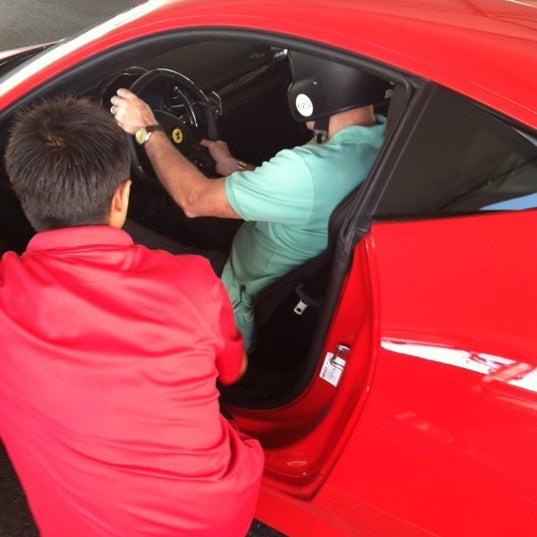 Снимок сделан в Exotics Racing пользователем Ken P. 9/27/2012