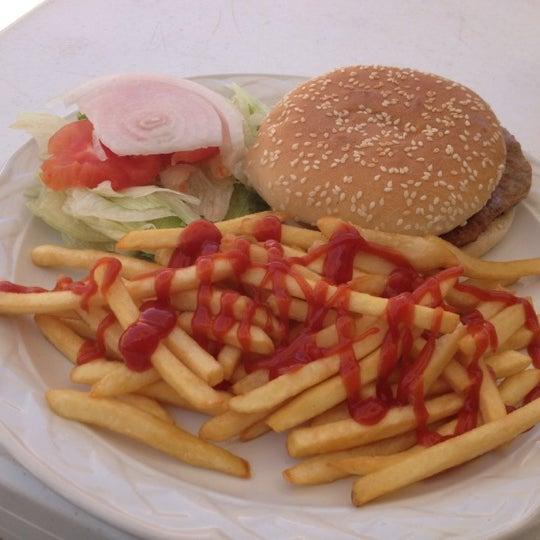 Снимок сделан в Popol Vuh Restaurante пользователем Tonninho R. 9/27/2012