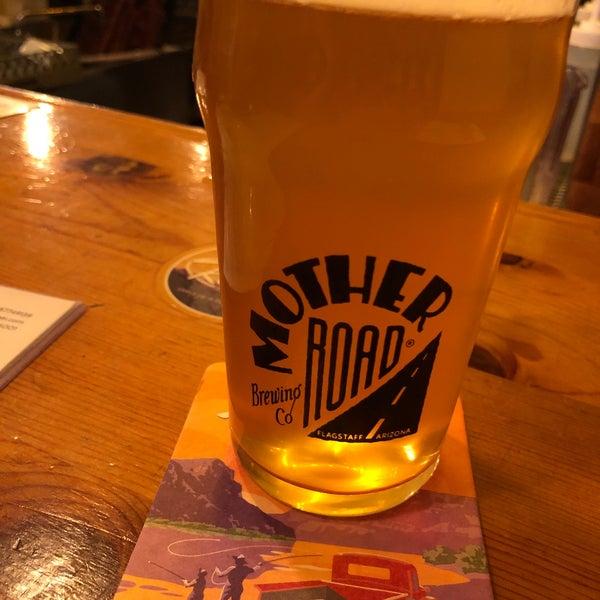 รูปภาพถ่ายที่ Mother Road Brewing Company โดย Nick O. เมื่อ 9/1/2019