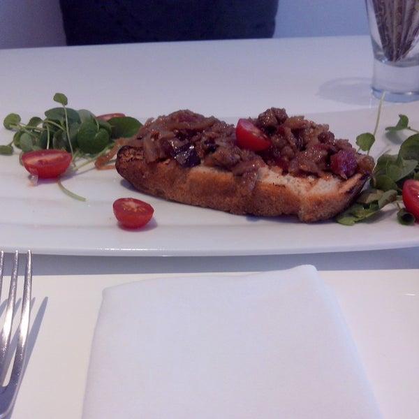 Foto tirada no(a) MIMO Restaurante por Leonardo R. em 6/26/2013