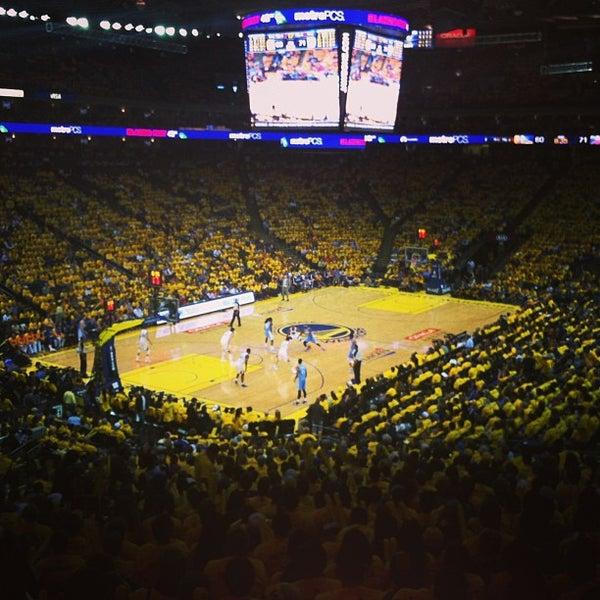 รูปภาพถ่ายที่ Oakland Arena โดย Melvin K. เมื่อ 4/27/2013
