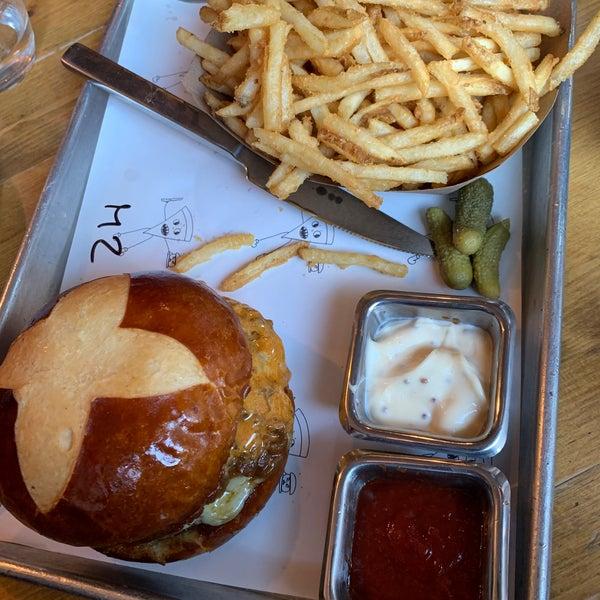 Great burger, nice area