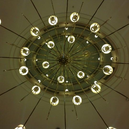 Das Foto wurde bei InterTower Hotel von Romina M. am 10/12/2012 aufgenommen
