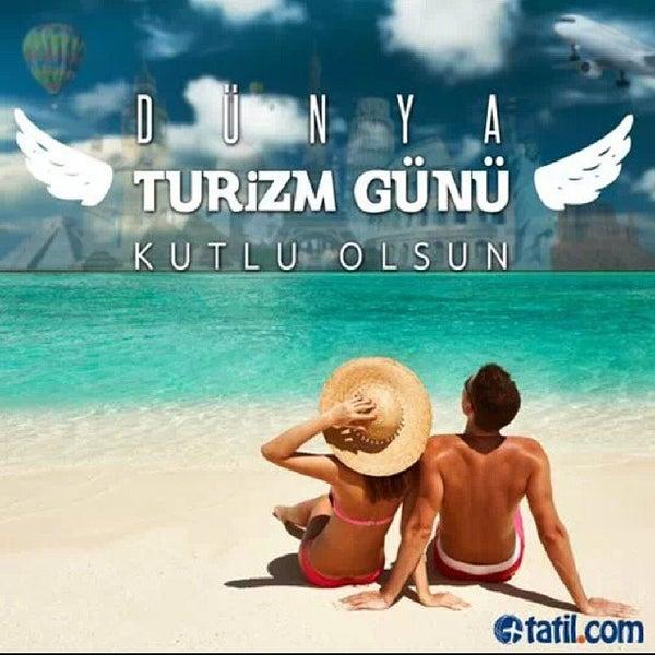 รูปภาพถ่ายที่ Tatil.com โดย Ayça A. เมื่อ 9/27/2013