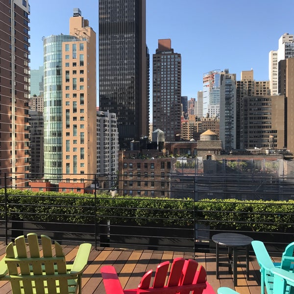 Turtle Cove Apartments: The Pod Hotel's Rooftop Terrace