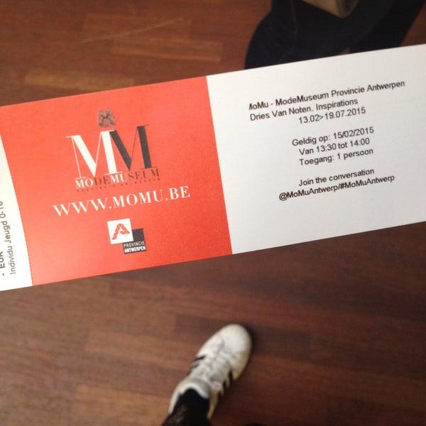 Foto tirada no(a) MoMu - ModeMuseum Antwerpen por Manon D. em 2/15/2015