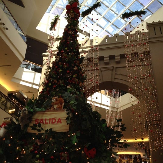 Foto scattata a Punta Carretas Shopping da Florencia M. il 11/24/2012