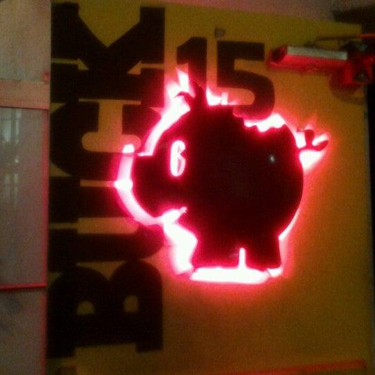 Снимок сделан в Buck15 Lounge пользователем Gabe H. 11/24/2012