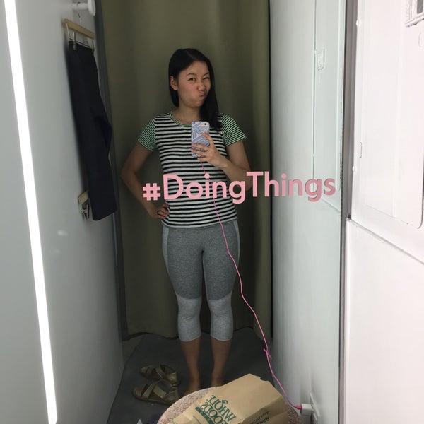 รูปภาพถ่ายที่ Outdoor Voices โดย Stephanie เมื่อ 5/28/2017
