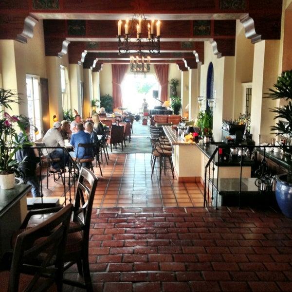 5/31/2013にnava w.がLa Valencia Hotelで撮った写真