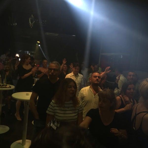 9/27/2019にMemduh T.がD'lux Club Ankaraで撮った写真