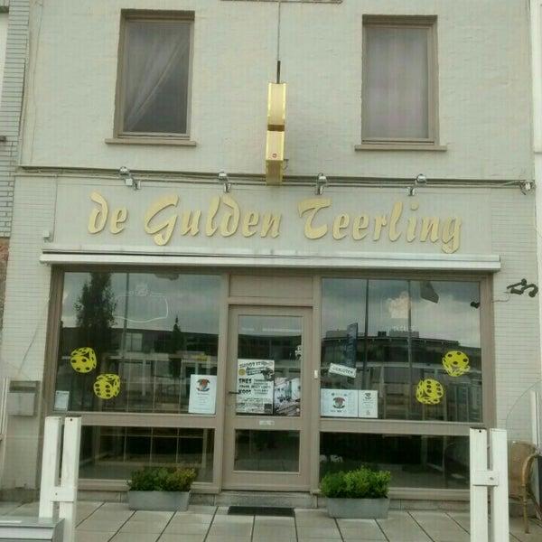Foto tirada no(a) De Gulden Teerling por 🏡Domy🤗 D. em 7/25/2015