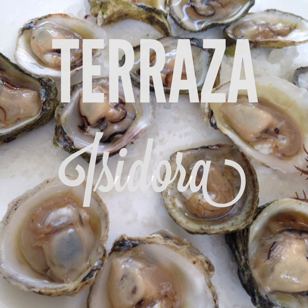 12/8/2013 tarihinde Martin A.ziyaretçi tarafından Terraza Isidora Beach Club'de çekilen fotoğraf