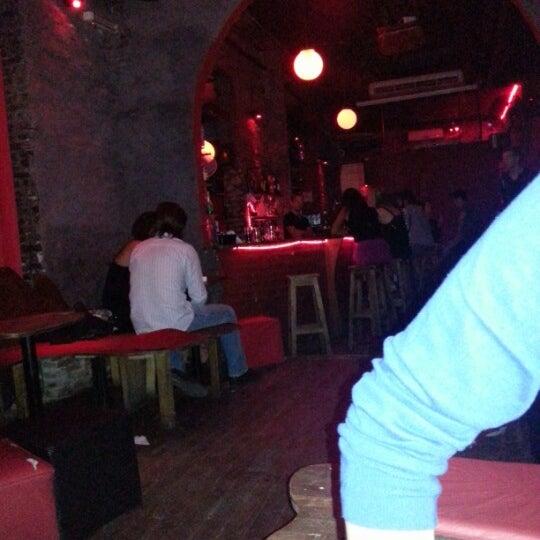 11/26/2012 tarihinde Romain H.ziyaretçi tarafından Sugar Bar'de çekilen fotoğraf